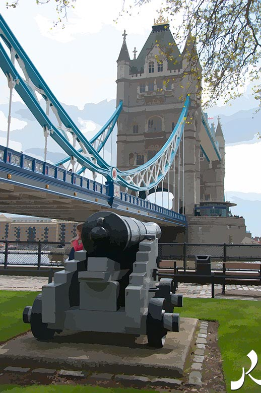 Tower Bridge et un canon